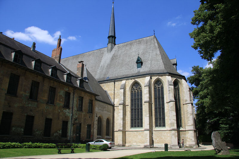 Abbaye de la Cambre Opposite side of the church