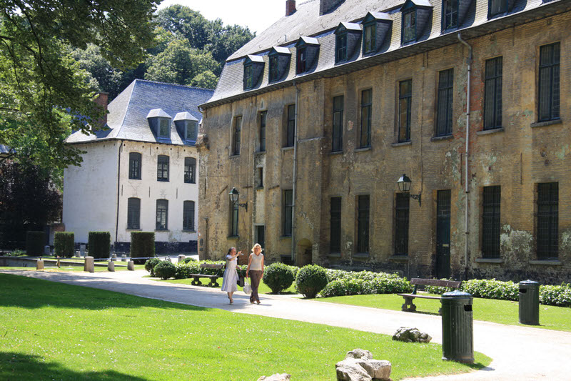 The peaceful surroundings of the Abbaye of la Cambre