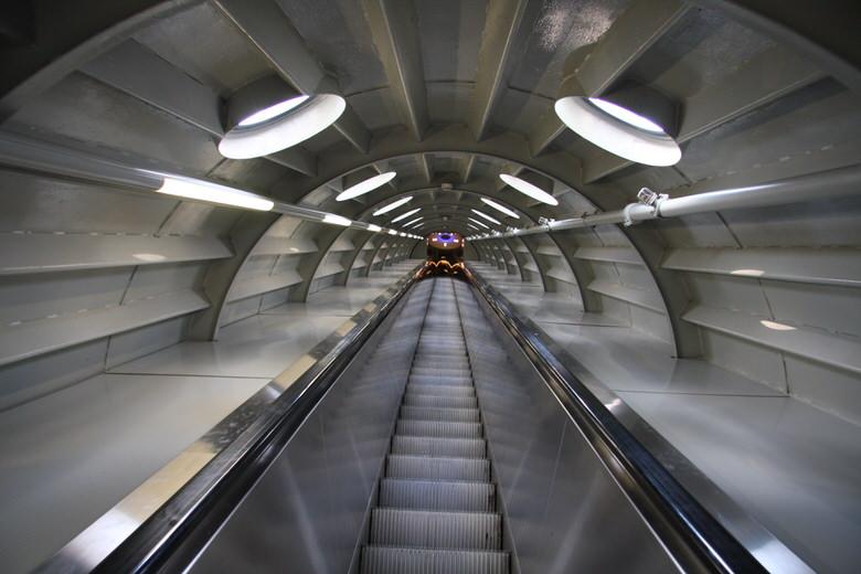 Atomium Elevator
