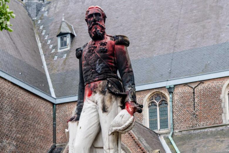 Léopold II statue defaced in Ekeren